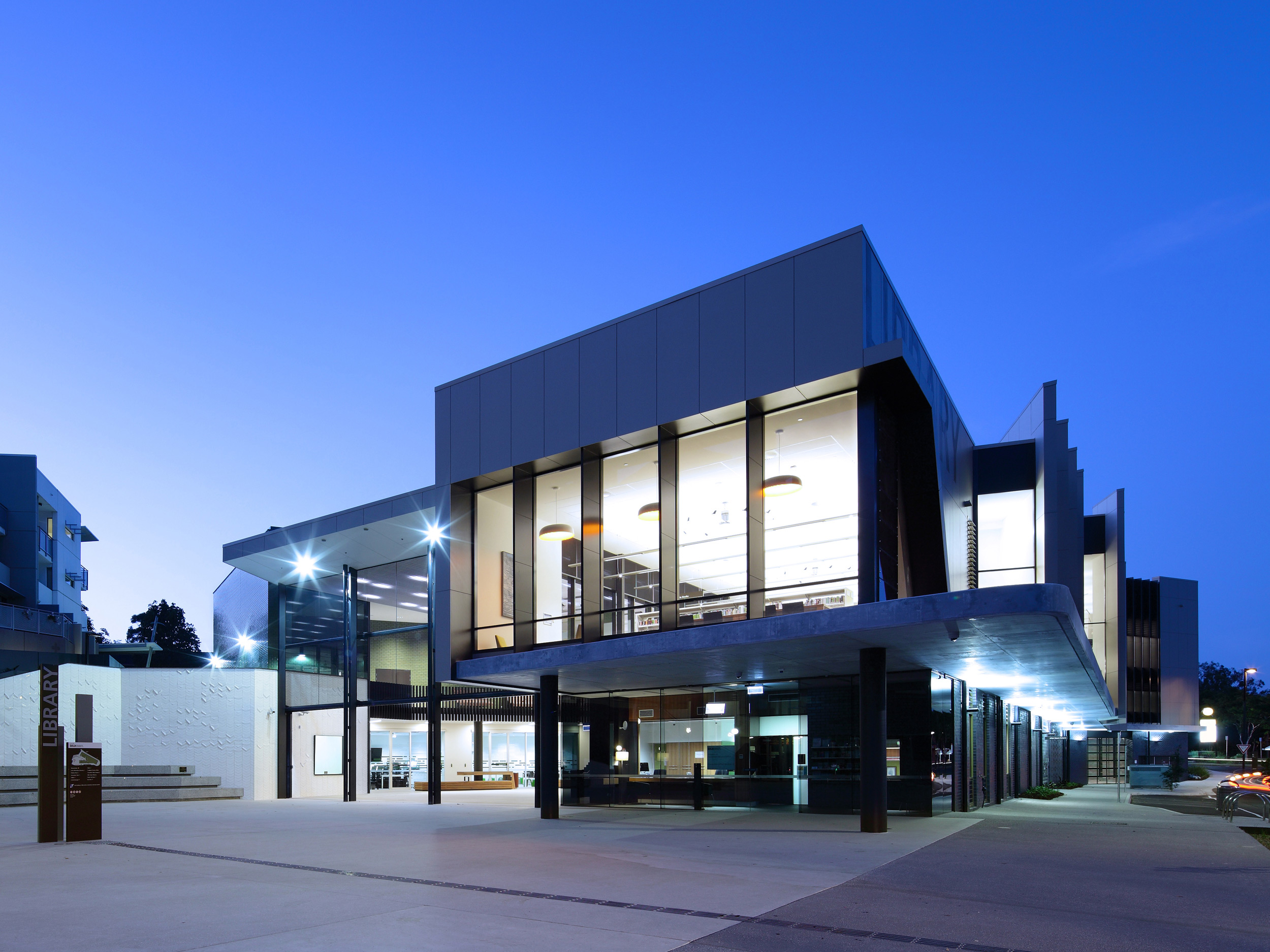 Helensvale Library and Community Cultural Youth Centre